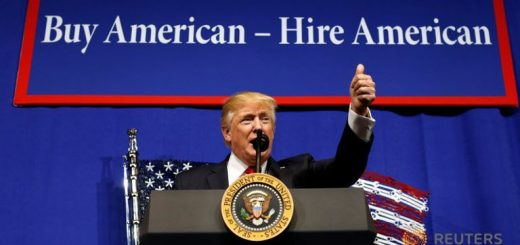 """川普签行政令拿H1b开刀,兑现承诺""""买美国货,雇美国人""""!其实又是一个大写的""""尴尬"""""""