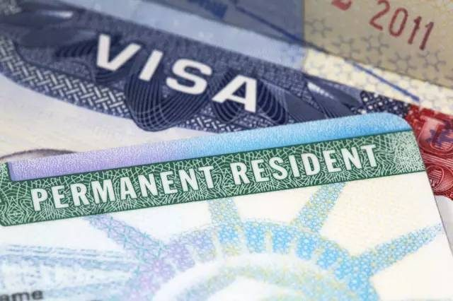 干货|绿卡持有人如何帮外籍配偶办绿卡?