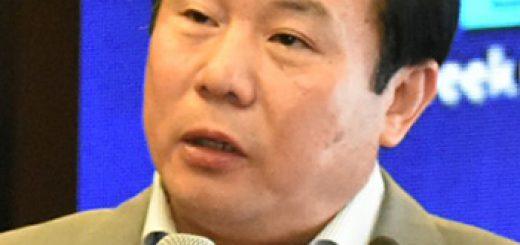 拿两国薪水 虚报差旅费 两华裔学者被FBI逮捕 网友:丢人!