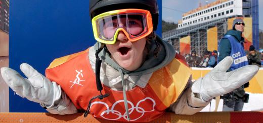 美国就是这么牛,奥运小将睡懒觉后借用队友的雪橇拿到美国首冠
