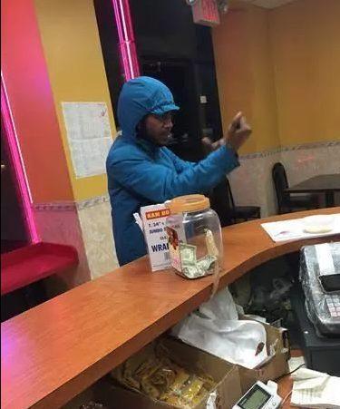 华人老板注意!非裔到处吃霸王餐专挑中国人餐馆吃完顺带抢劫!
