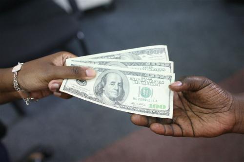滥用福利影响绿卡和入籍 已领福利是否可补救?