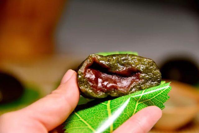 食谱 | 带你追寻春天的气息,快来咬一口青团的味道!