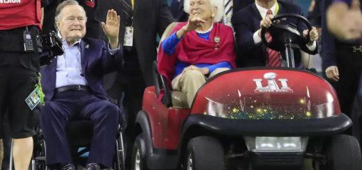 """多年邻居忆芭芭拉·布什:碰面一定聊天 会用中文说""""谢谢""""""""再见"""" 对中国有着特别情谊"""