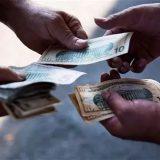 美国人不喜欢存钱? 他们的钱都花在了什么地方