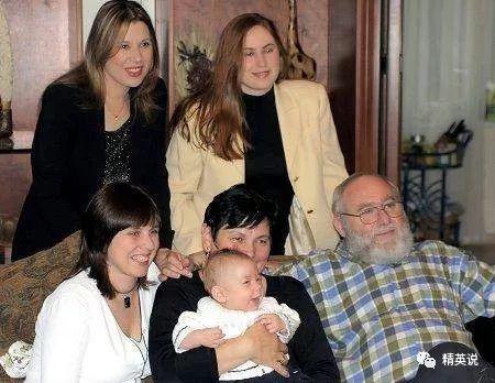 """拿自己的女儿做实验30年,这位匈牙利父亲培养出了世人惊叹的""""神童三姐妹"""""""