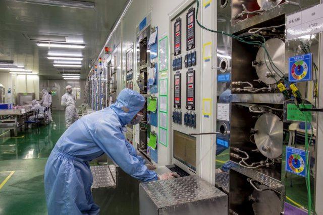 白宫欲限制中国科研人员签证 受打击的还有他们