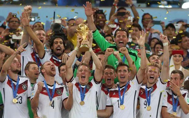 世界杯看球(脸)指南:能不能愉快度过这个夏天就靠它了!