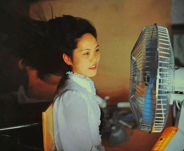 还记得30年前,没有空调和Wifi的的夏天,人们是怎么过的吗?