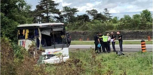 """35名中国游客北美遭致命翻车后,团游 """"水太深"""" 啊!"""