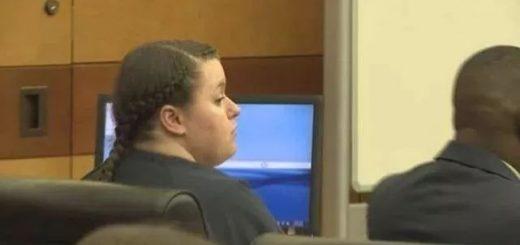 【禽兽】美国一女子为钱将两个亲生小女儿给78岁老汉糟蹋 被判刑20年