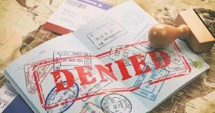 美国移民新政策出台 亚裔表示有点难受:拿福利,就别想拿美国绿卡!