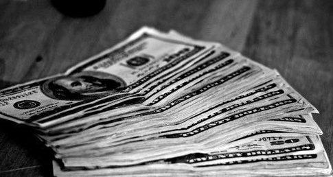 华人带超额度现金被扣案,出入各国带多少现金合适?