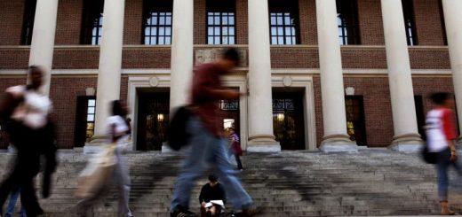 全美顶级学府神秘录取程序曝光!华裔哪些学生更容易被录取,大数据告诉你...