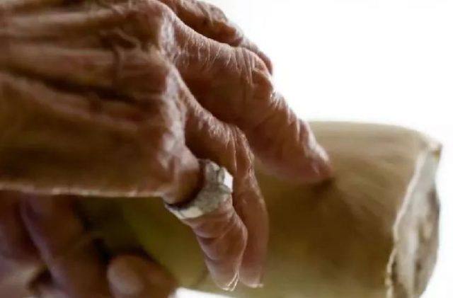 了不起!这个99岁的女人,却改变了整个美国对中餐馆的印象