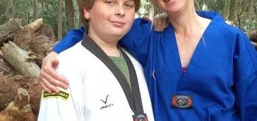 15岁男孩勒死亲生母亲 只因为这件小事! 别把孩子养成禽兽