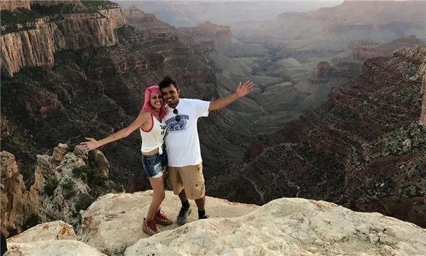 夫妻疑在自拍时坠崖身亡,生前留言:我们的生命只值一张照片?