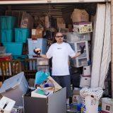 报酬率高达15,000倍!一男子以$500标得一个回收仓库,开箱后里面竟有750万现钞