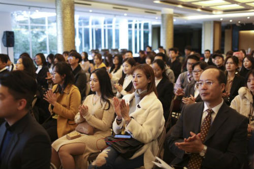 优化H-1B签证政策将利好留学生?