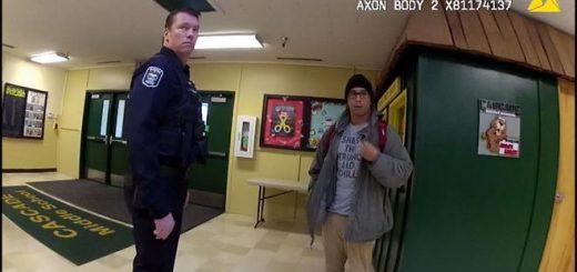 惨剧!美国一父亲学校拔枪与警察对峙被一枪击毙