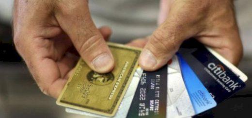 来纽约旅游...华男银行账户被盗 一天被刷3万美元