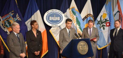 市议会通过决议 敦促州DMV允许无证移民申请驾照