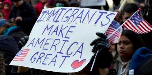 民调:大多数选民赞成移民体系改革 更关注技术移民