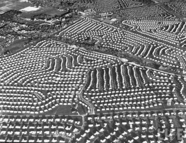 美国折叠,破碎之城