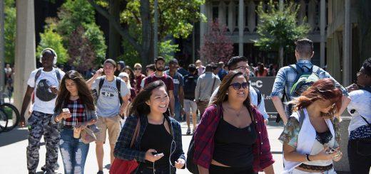 孩子读大学时做这件事 毕业后工资比别人多2万