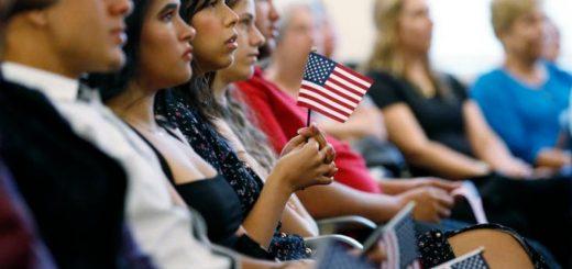 皮尤移民报告:美国移民人口创纪录 逾4400万
