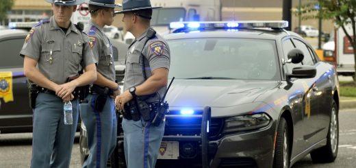 密西西比沃尔玛超市爆枪案 酿两死一伤