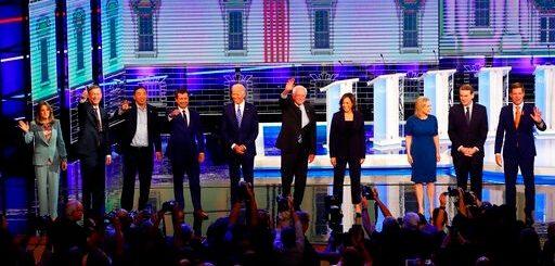 """第二轮民主党辩论在即 """"反川普""""竟成参选人主要移民主张?"""