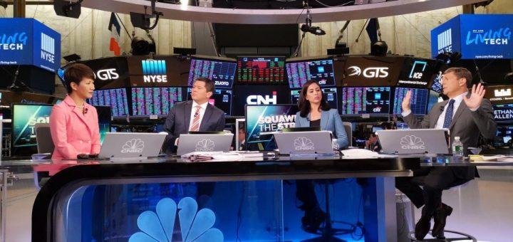 中国女主播刘欣就热点问题对话CNBC