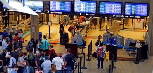 万万想不到!机场安检时这些寻常小动作已经让TSA盯上你