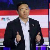 民主党第五轮辩论:杨安泽手握入场券