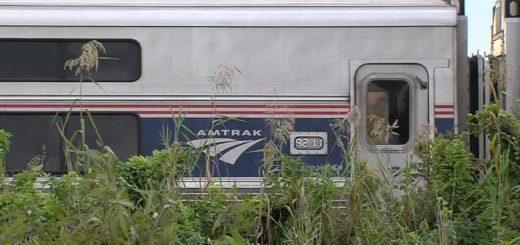 佛州发生一起客运火车与汽车相撞事故 3人死亡