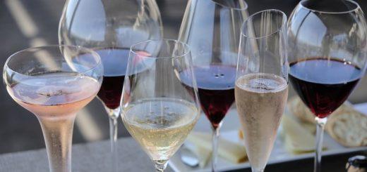 斯坦福大学研究发现,喝酒脸红的人更易患阿兹海默症