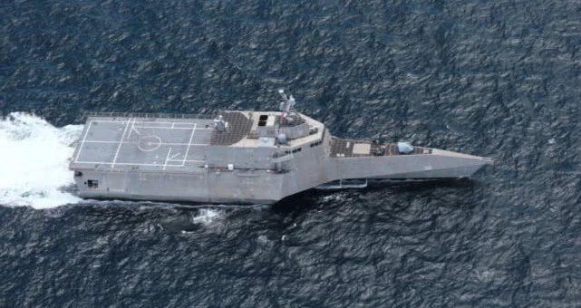 美舰新年首闯南沙群岛 中国南部战区:航行霸权行径