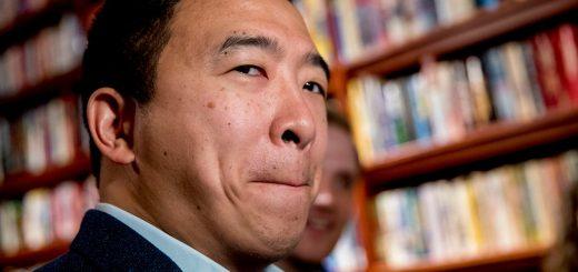 华裔总统参选人又遭忽视?CNBC热门节目用错杨安泽照片