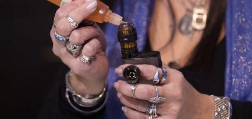 联邦政府发布新规 禁售水果薄荷味电子烟