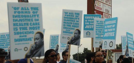 """""""全人类平等,我们的下一步"""" 洛杉矶举行全美最大纪念马丁路德金活动"""