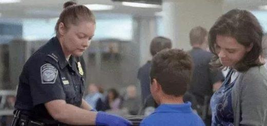 注意,美海关要求父母为幼儿护照代签名,后果很严重