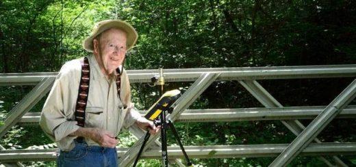 102岁还在上班,美国最年长的雇员下月6日终于要退休啦!