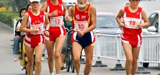通讯:活跃在美国马拉松赛道上的华裔长者