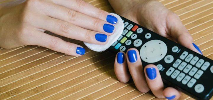 手把手教你如何清除家中设备上的爬行细菌