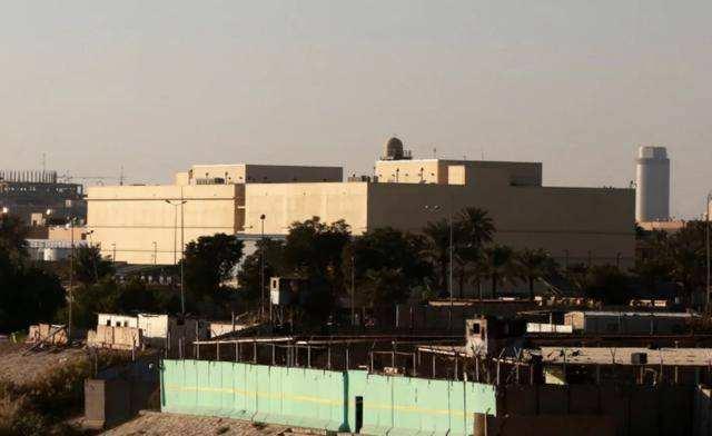 美驻伊拉克大使馆附近遭多枚火箭弹袭击 未致人员伤亡