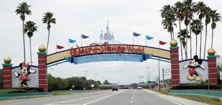 游客的希望破灭了!迪士尼乐园将无限期关闭