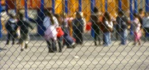 七千纽约家长吁停课 疫情下学校该关闭吗?