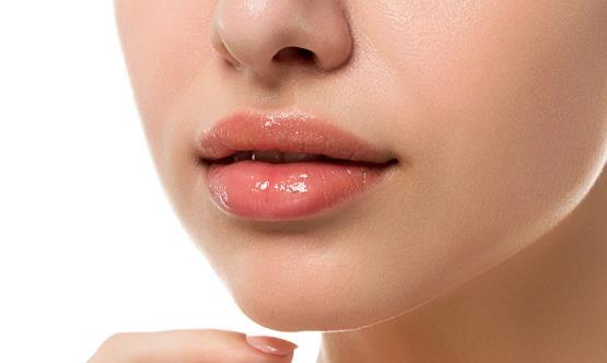 嘴唇也会反映人的整体健康状况 一定要引起重视