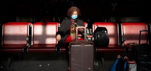 应对新冠病毒 美国官员敦促航空公司收集更多国际旅客信息